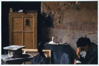 Alberto Giacometti in his atelier 1955 photo by Alexander Liberman