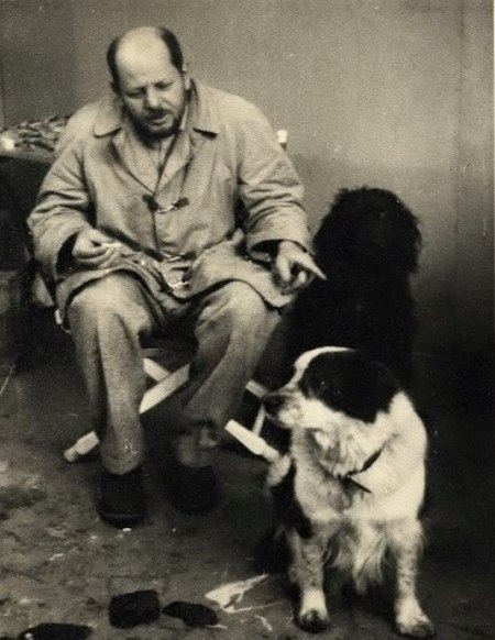 Jackson Pollock with his dogs Gyp and Ahab