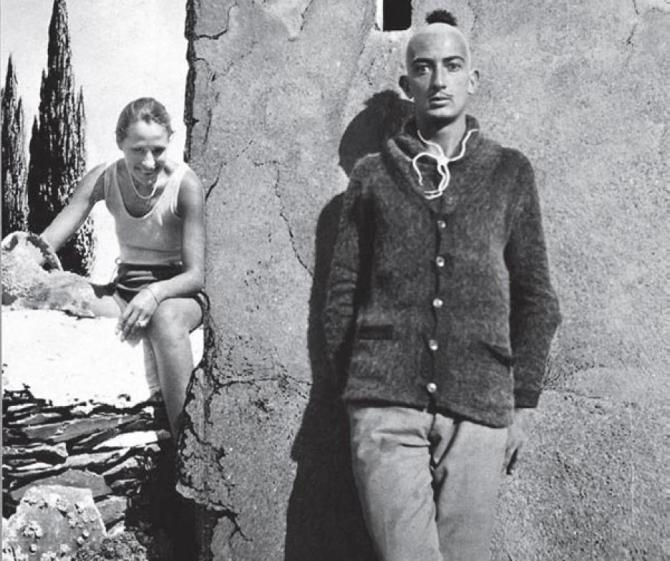 salvador-dali-with-his-wife-gala-in-1930