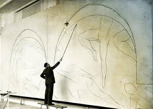Henri Matisse drawing with a Bamboo Stick, 1931 - The Barnes Foundation, Philadelphia, Pennsylvania, USA _ The Bridgeman Art Library