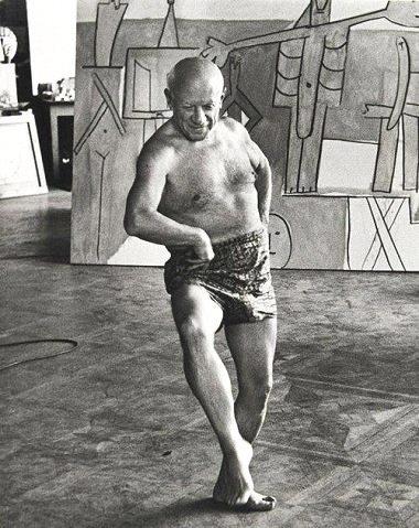 Picasso posing as a ballerina