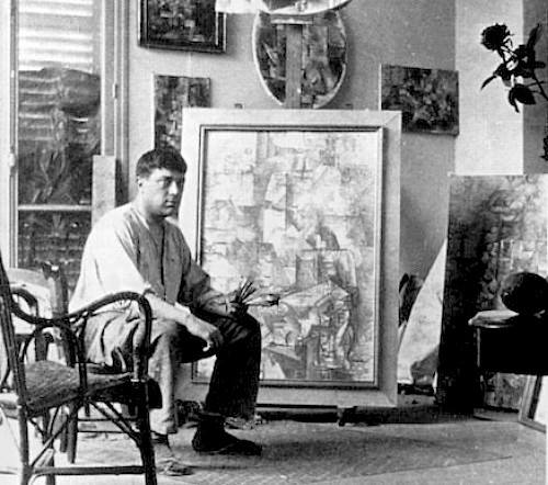 03 Georges Braque in his studio 1912