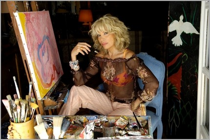 Amanda Lear paints
