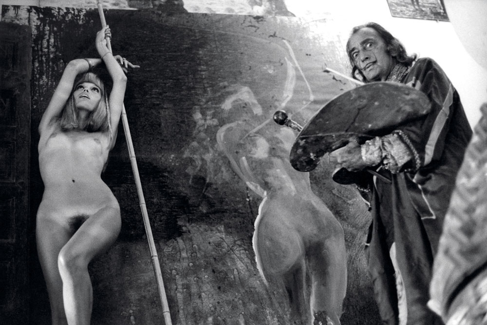 Salvador Dalí painting Amanda Lear, by Yul Brynner, 1971