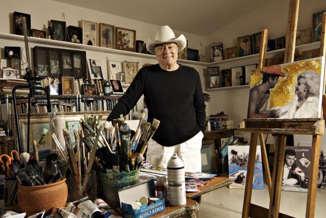 Tony Curtis in his atelier
