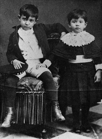 Pablo Picasso with his sister Lola 1889