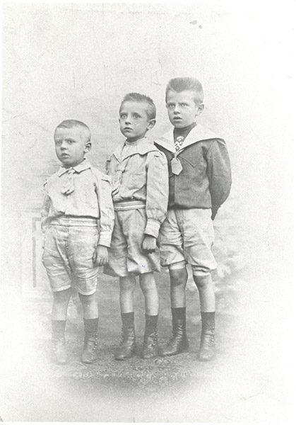 Paul, Raymond and René Magritte as children, ca. 1905