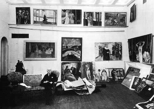 edvard munch in his atelier