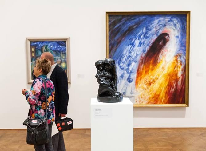 Simay Imre Family Joy at Exhibition in Belvedere Wien