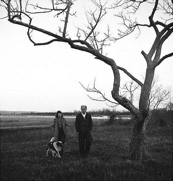 Jackson Pollock and his wife Lee Krasner with theirs dog at their Long Island home 1950s