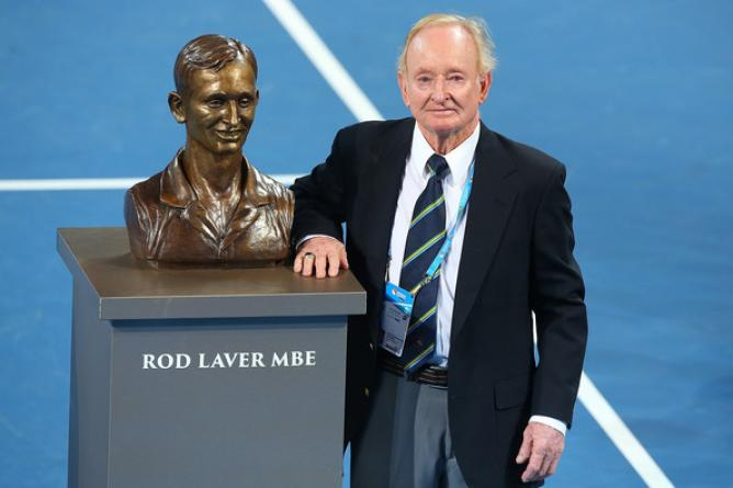 Rod-Laver with his sculpture