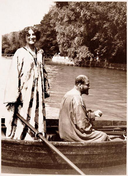 Emilie Flöge and Gustav Klimt, Lake Attersee, 1909