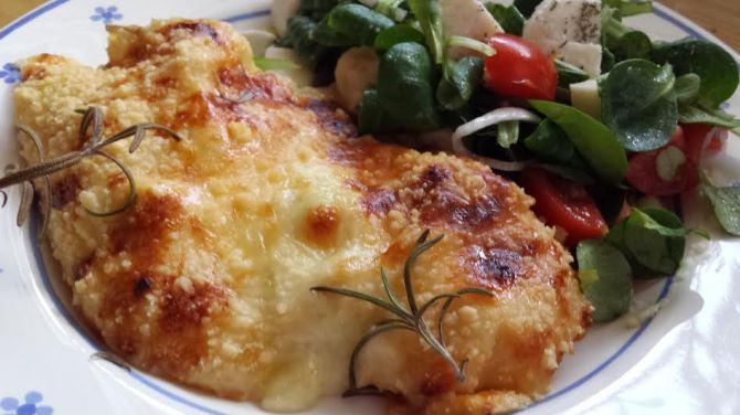 sajtos-rozmaringos csirke