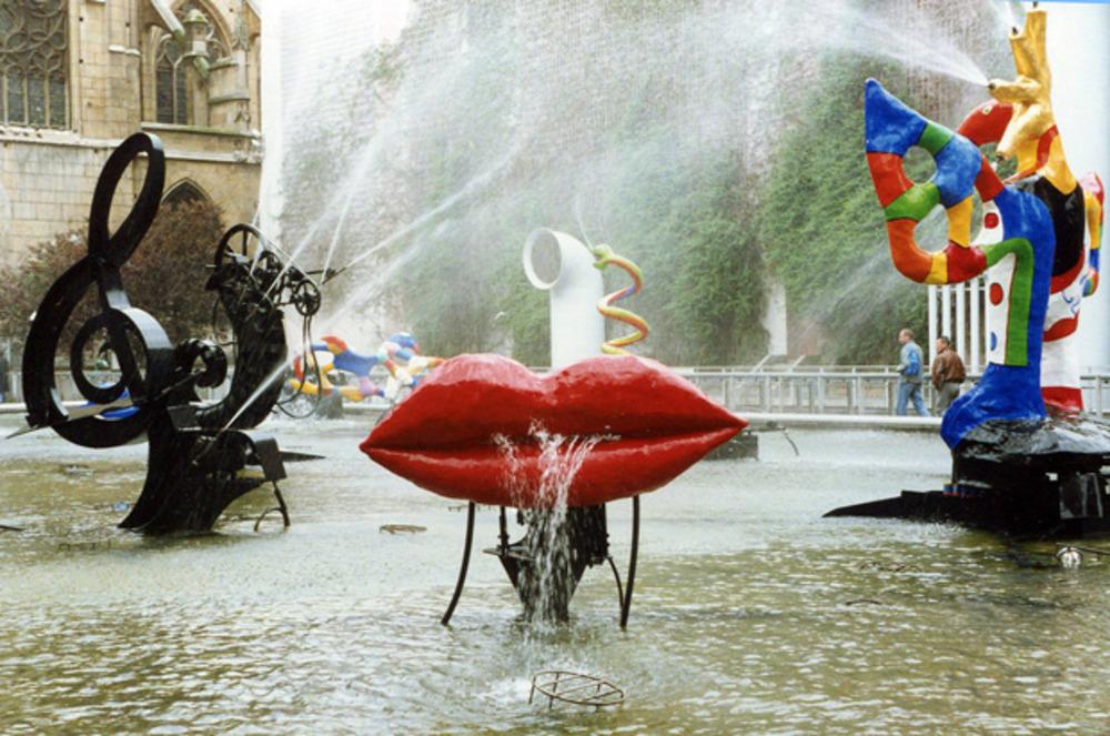 Stravinsky Fontaine