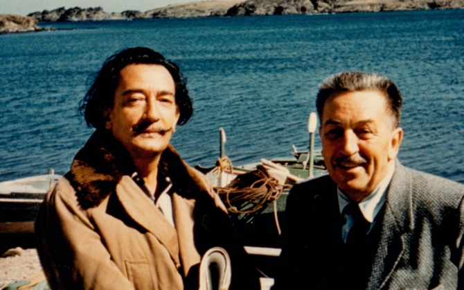 Dalí with Disney by the beach in Spain, 1957