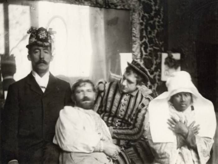 Gauguin Mucha and Friends 1893-94
