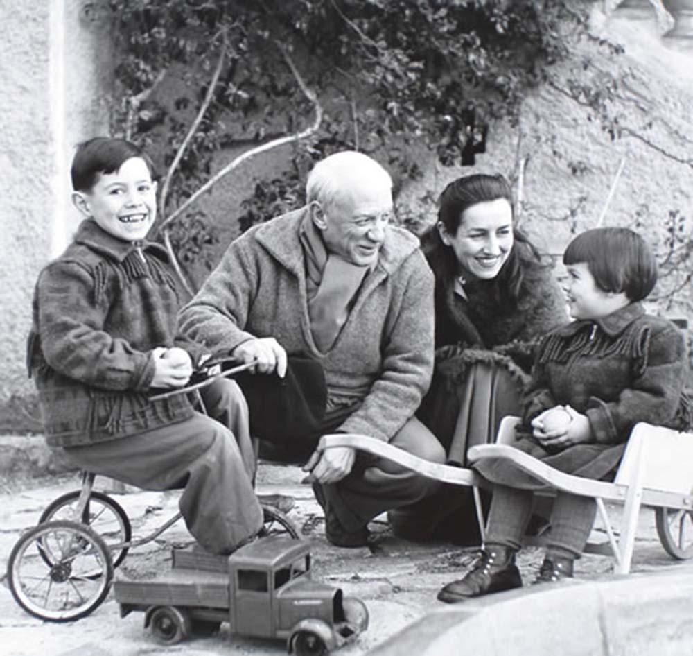 Claude Pablo Picasso Francoise Gilot and Paloma 1953