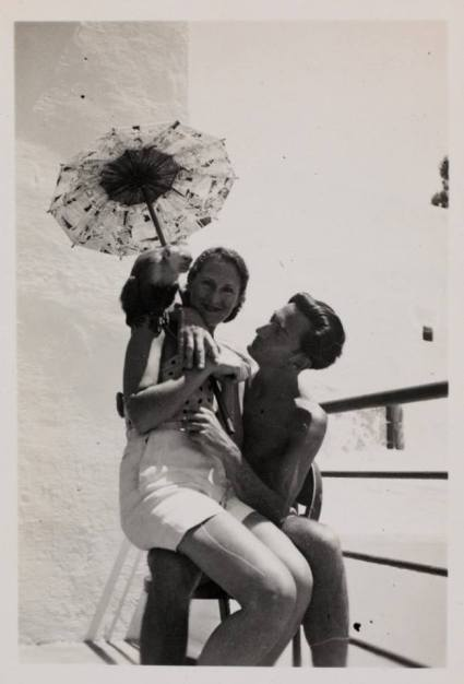 Salvador Dalí with his wife Gala at Palamos in June 1934